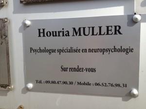 plaque professionelle houria muller psychologue spécialisée neuropsychologie montbeliard